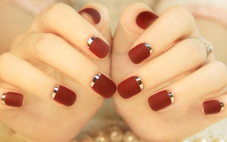 Красивая квадратно-овальная форма ногтей фото