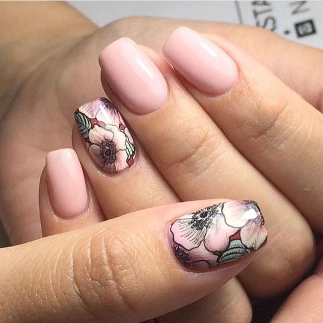 Короткие пальцы с формой квадрат мягкий фото