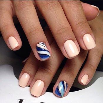 Мягкая квадратная форма ногтей с гель-лаком фото