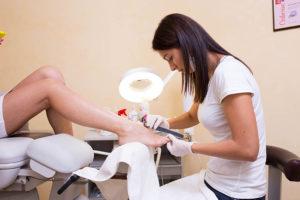 Подготовка ногтей к покрытию профессиональный педикюр