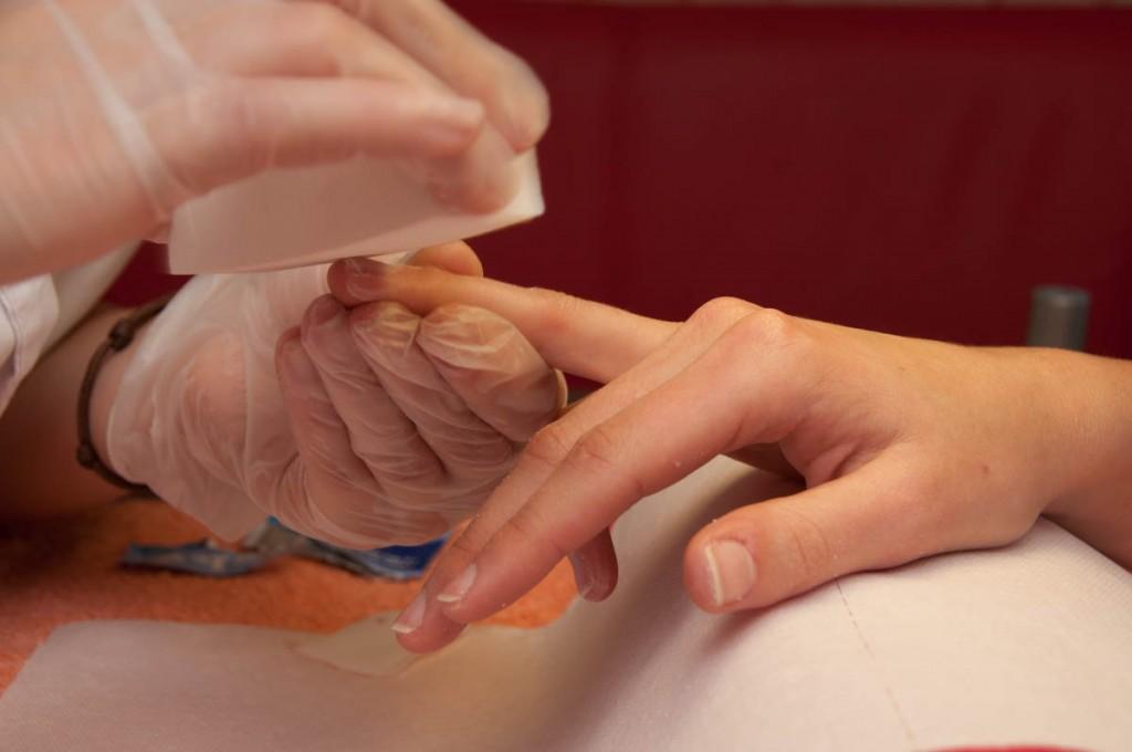 Домашнее обучение бафирование ногтей