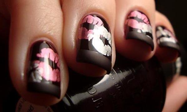 Красивые ногти покрытые матовым гель лаком черного цвета