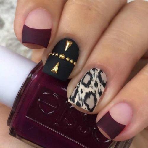 Матовая поверхность ногтей фото дизайнов в черно бордовых оттенках