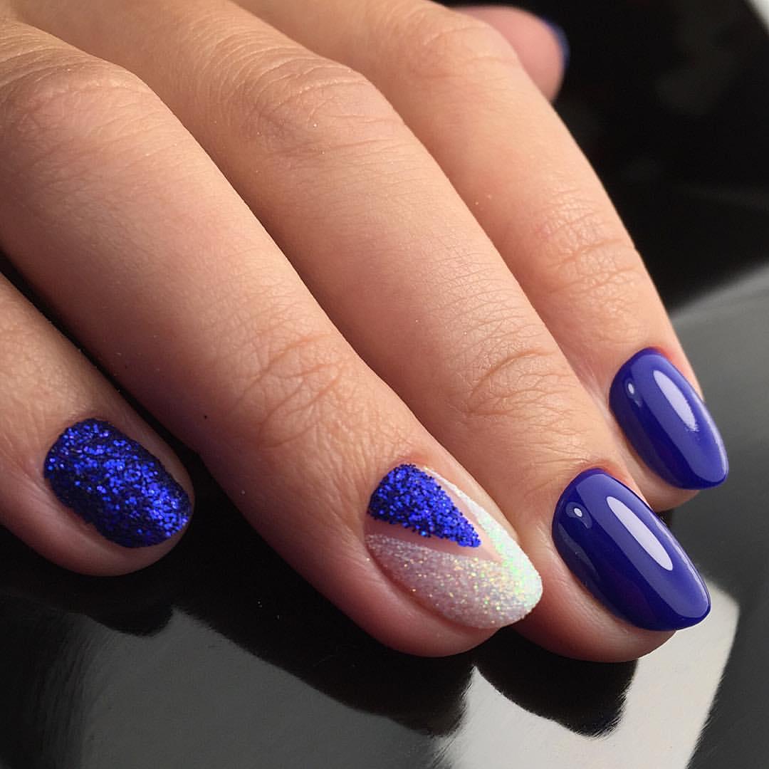 Ногти украшенные синими блестками фото