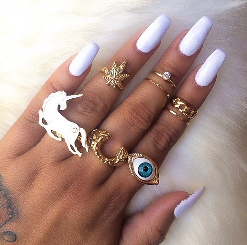 Белые ногти балерина длинные фото