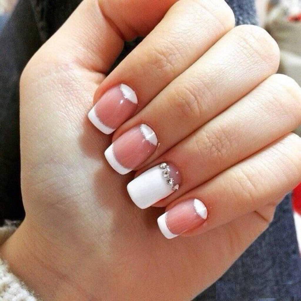 Французский маникюр на нарощенных ногтях: идеальные 78