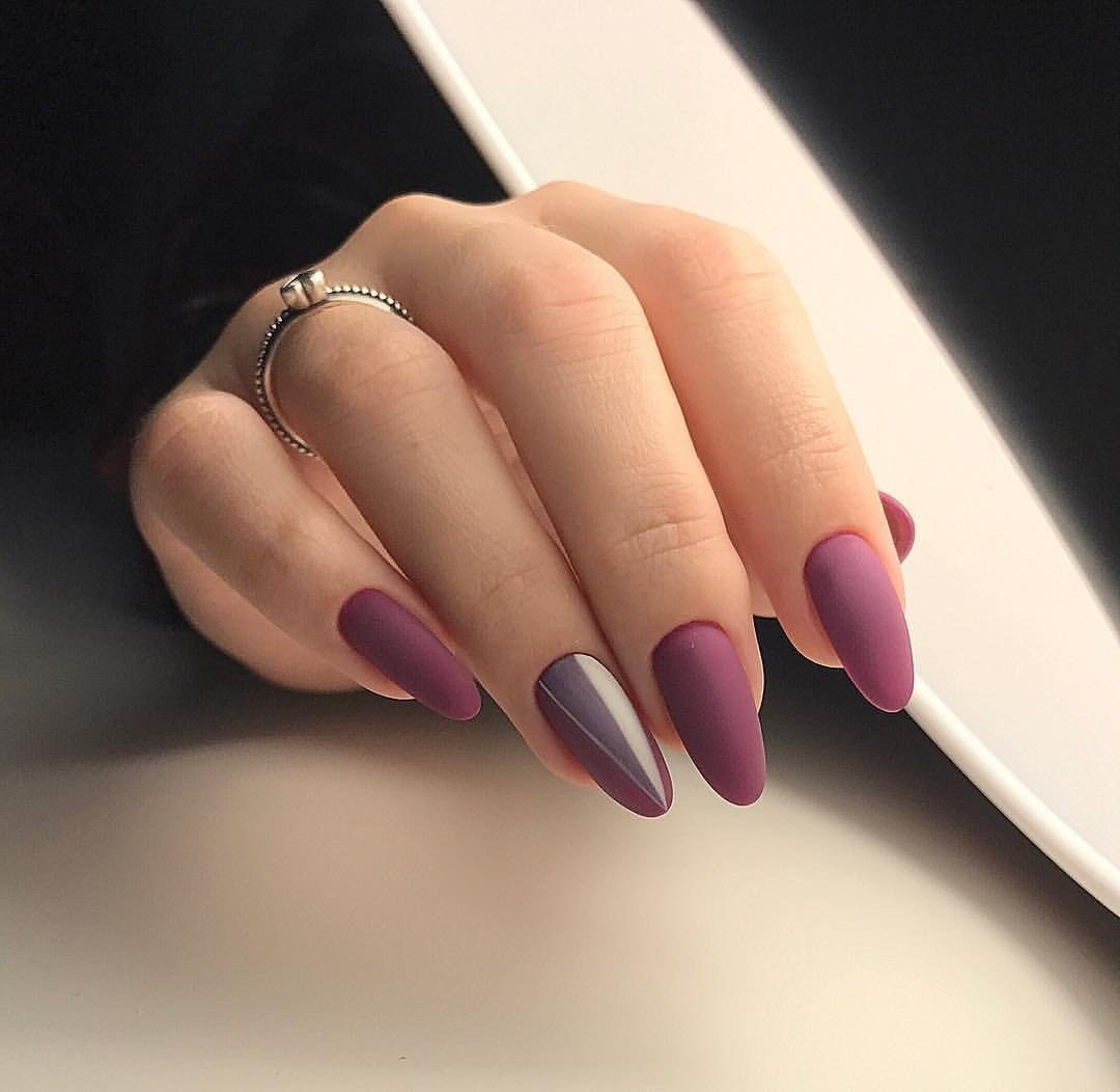 Матовые ногти овальной формы фото