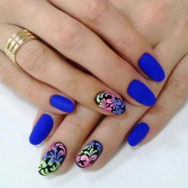 Синие матовые ногти фото