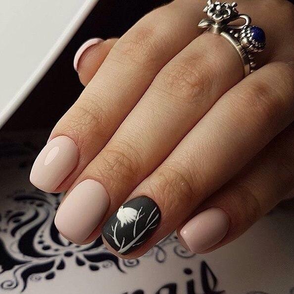 Матовые кремовые ногти фото с рисунком