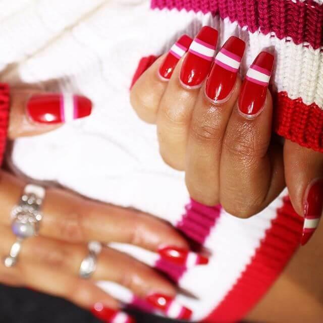 Спортивные красные ногти