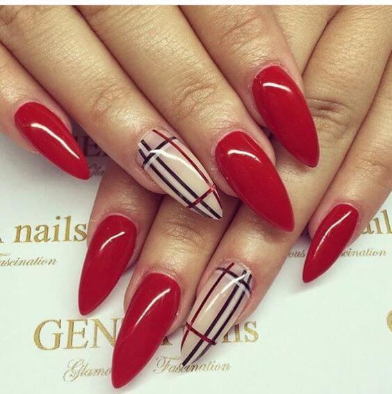 Красный в стиле Burberry