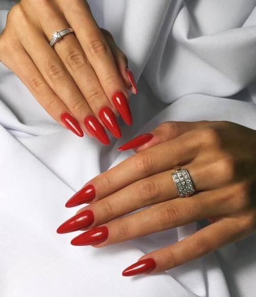 Элегантный и простой красный